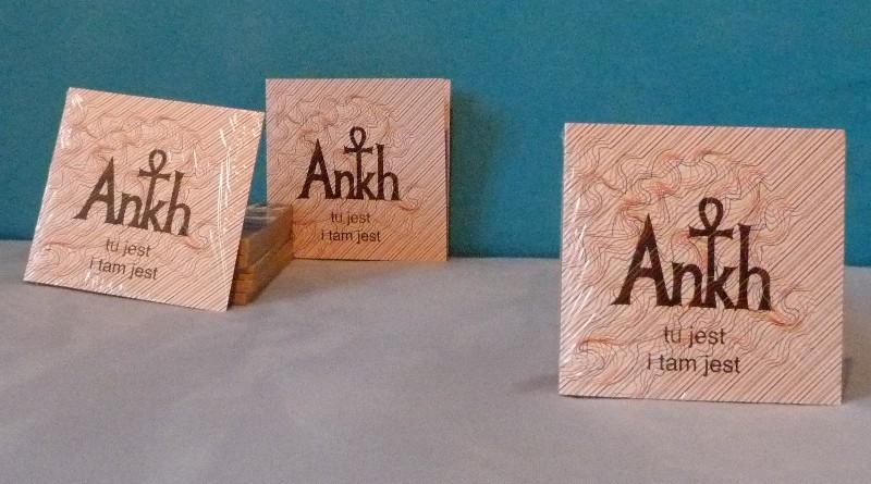 """Ankh """"Tu jest i tam jest"""" – recenzja EP i pospieszne studium przypadku"""